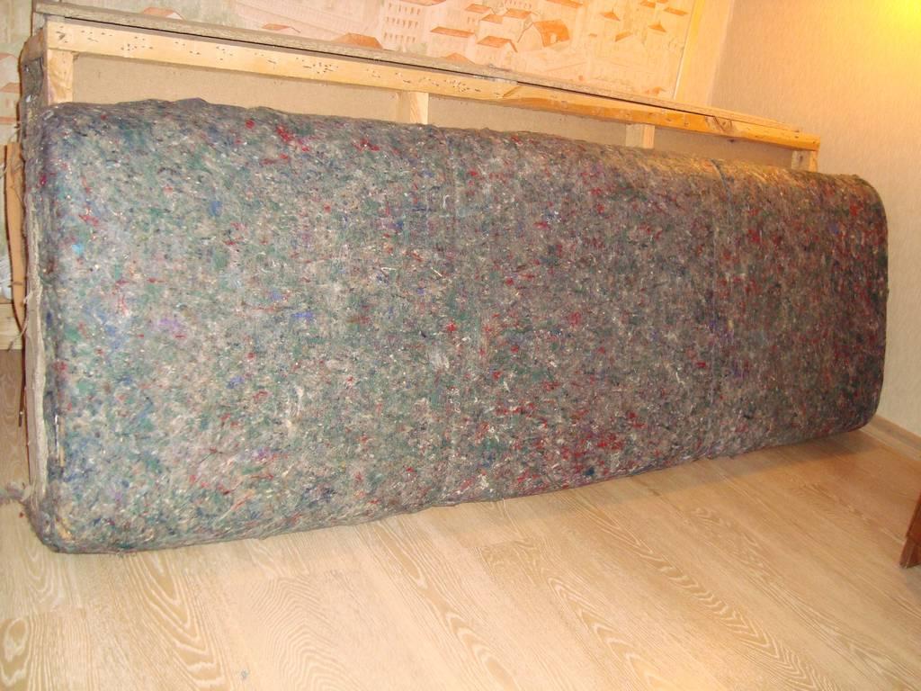 Как перетянуть старый диван своими руками